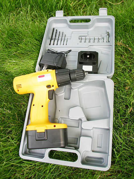 cordless drill with accessories kit